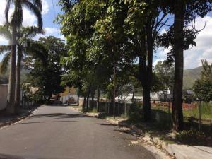 En Venta En Maracay - Lomas de Palmarito Código FLEX: 18-10313 No.17
