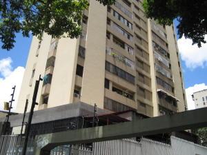 Apartamento En Venta En Caracas - La Urbina Código FLEX: 18-10587 No.0