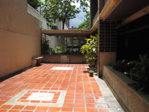 Apartamento En Venta En Caracas - La Urbina Código FLEX: 18-10587 No.1