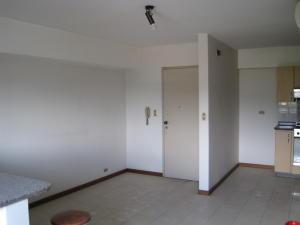 Apartamento En Venta En Caracas - La Urbina Código FLEX: 18-10587 No.4