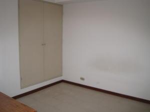 Apartamento En Venta En Caracas - La Urbina Código FLEX: 18-10587 No.6