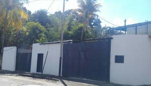 Casa En Venta En Maracay - El Limon Código FLEX: 18-10613 No.0