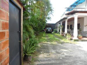 Casa En Venta En Maracay - El Limon Código FLEX: 18-10613 No.3