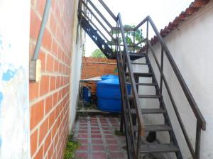 Casa En Venta En Maracay - El Limon Código FLEX: 18-10613 No.5