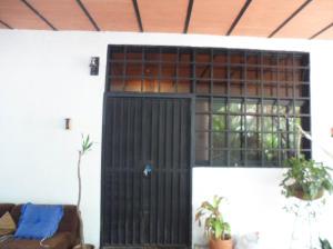 Casa En Venta En Maracay - El Limon Código FLEX: 18-10613 No.14