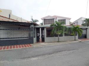 En Venta En Maracay - San Jacinto Código FLEX: 18-10696 No.1