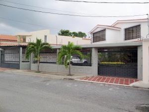 En Venta En Maracay - San Jacinto Código FLEX: 18-10696 No.2