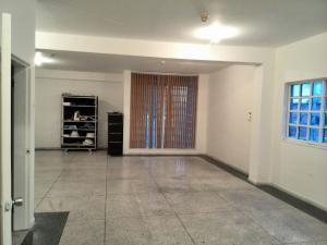 Edificio En Venta En Maracay - La Barraca Código FLEX: 18-10697 No.6