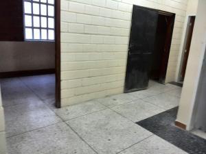 Edificio En Venta En Maracay - La Barraca Código FLEX: 18-10697 No.8