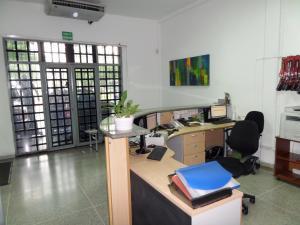 En Venta En Maracay - Santa Rosa Código FLEX: 18-10699 No.3