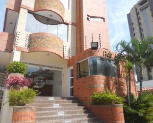 Apartamento En Venta En Maracay - La Soledad Código FLEX: 18-10704 No.2