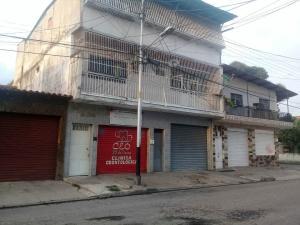 En Venta En Maracay - 23 de Enero Código FLEX: 18-10341 No.0
