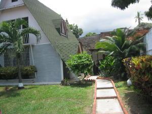 En Venta En Maracay - El Limon Código FLEX: 18-10925 No.2