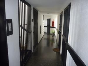 Apartamento En Venta En Caracas - Los Caobos Código FLEX: 18-11101 No.2