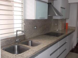 Apartamento En Venta En Caracas - Los Naranjos del Cafetal Código FLEX: 18-11067 No.10