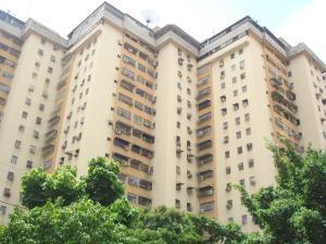 Apartamento En Venta En Maracay - Urbanizacion El Centro Código FLEX: 18-10290 No.0
