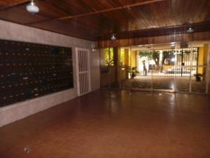 Apartamento En Venta En Maracay - La Coromoto Código FLEX: 18-11374 No.4