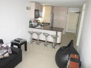 Apartamento En Venta En Caracas - El Encantado Código FLEX: 18-11385 No.2
