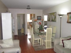 Apartamento En Venta En Caracas - El Marques Código FLEX: 18-11390 No.4