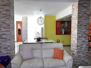 Apartamento En Venta En Caracas - Terrazas del Avila Código FLEX: 18-11748 No.3