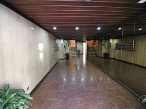 Apartamento En Venta En Caracas - Terrazas del Avila Código FLEX: 18-11748 No.1
