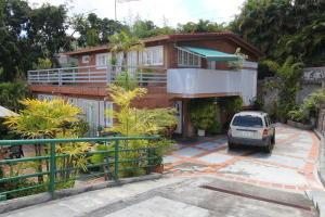 Casa En Venta En Caracas - Oripoto Código FLEX: 18-11953 No.0