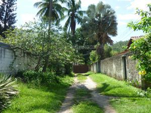 Terreno En Venta En Maracay - El Limon Código FLEX: 18-11696 No.3