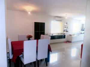 Apartamento En Venta En Maracay - El Bosque Código FLEX: 18-11813 No.8