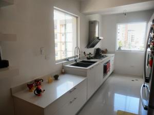 Apartamento En Venta En Maracay - El Bosque Código FLEX: 18-11813 No.15
