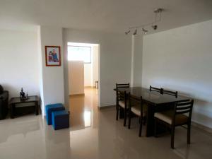 Apartamento En Venta En Maracay - La Soledad Código FLEX: 18-12056 No.11