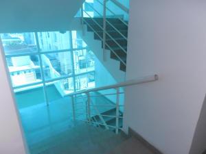 Apartamento En Venta En Maracay En La Soledad - Código: 18-12063