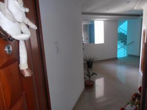 Apartamento En Venta En Maracay - La Soledad Código FLEX: 18-12063 No.6