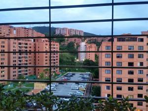 Apartamento En Venta En Caracas - Colinas de La Tahona Código FLEX: 18-12103 No.5