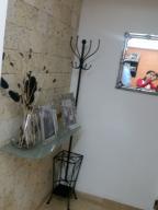 Apartamento En Venta En Caracas - Colinas de La Tahona Código FLEX: 18-12103 No.6