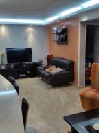 Apartamento En Venta En Caracas - Colinas de La Tahona Código FLEX: 18-12103 No.11