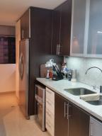 Apartamento En Venta En Caracas - Colinas de La Tahona Código FLEX: 18-12103 No.14