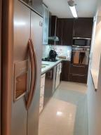 Apartamento En Venta En Caracas - Colinas de La Tahona Código FLEX: 18-12103 No.17