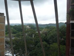 Apartamento En Venta En Caracas - Parroquia La Candelaria Código FLEX: 18-12372 No.6