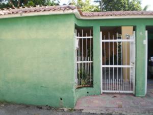 Casa En Venta En Maracay En El Limon - Código: 18-12309