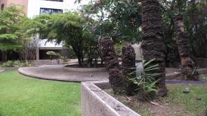 Apartamento En Venta En Caracas En La Castellana - Código: 18-12486