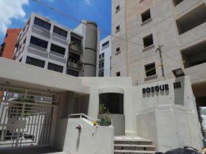 Apartamento En Venta En Maracay - El Bosque Código FLEX: 18-12520 No.0