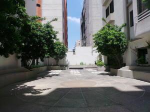 Apartamento En Venta En Maracay - El Bosque Código FLEX: 18-12520 No.3