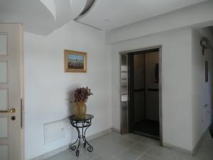 Apartamento En Venta En Maracay - El Bosque Código FLEX: 18-12520 No.5