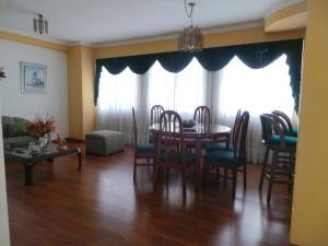 Apartamento En Venta En Maracay - El Bosque Código FLEX: 18-12520 No.7