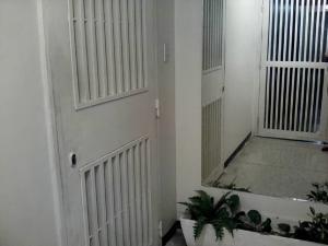 Apartamento En Venta En Caracas - Los Ruices Código FLEX: 18-12588 No.5