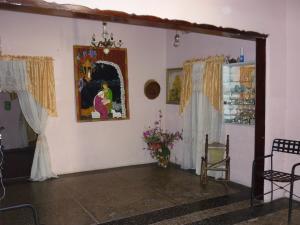 Casa En Venta En Maracay - Santa Rita Código FLEX: 18-12635 No.4
