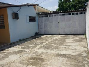 En Venta En Maracay - Santa Rita Código FLEX: 18-12896 No.15