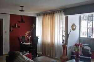 En Venta En Caracas - San Agustin del Norte Código FLEX: 18-13061 No.2
