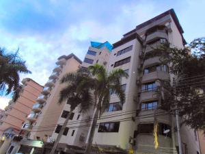 Apartamento En Venta En Maracay En La Soledad - Código: 18-13002