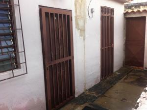 Casa En Venta En Maracay - Cana de Azucar Código FLEX: 18-13095 No.1